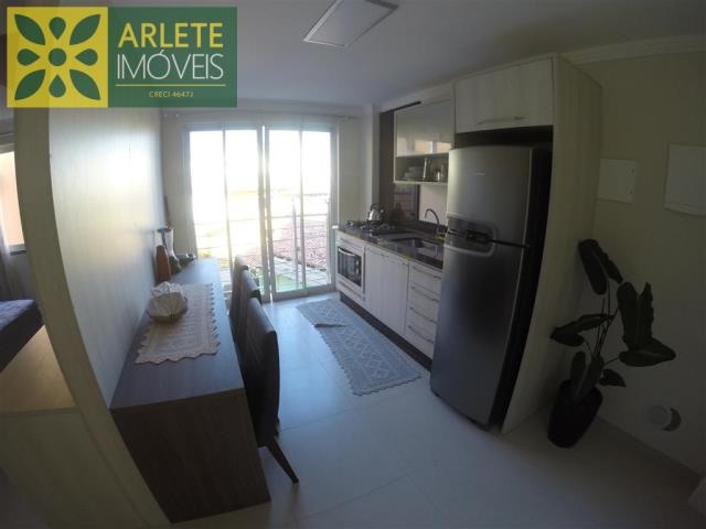 Apartamento Codigo 522 para Temporada no bairro Centro na cidade de Bombinhas