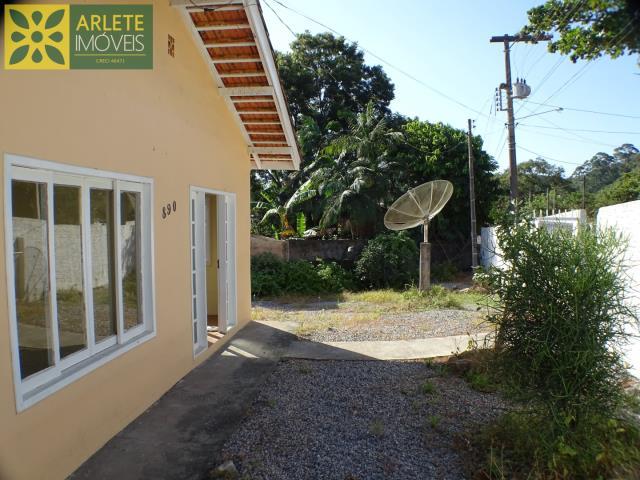 Casa Codigo 1874 a Venda no bairro-Centro na cidade de Porto Belo