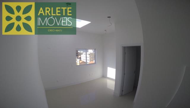 Cobertura-Codigo-2063-a-Venda-no-bairro-Bombas-na-cidade-de-Bombinhas
