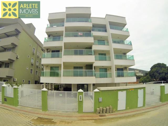 Apartamento Codigo 403 para Temporada no bairro Bombas na cidade de Bombinhas