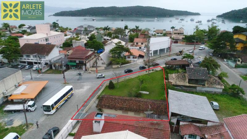 Casa Codigo 1412 a Venda no bairro-Centro na cidade de Porto Belo