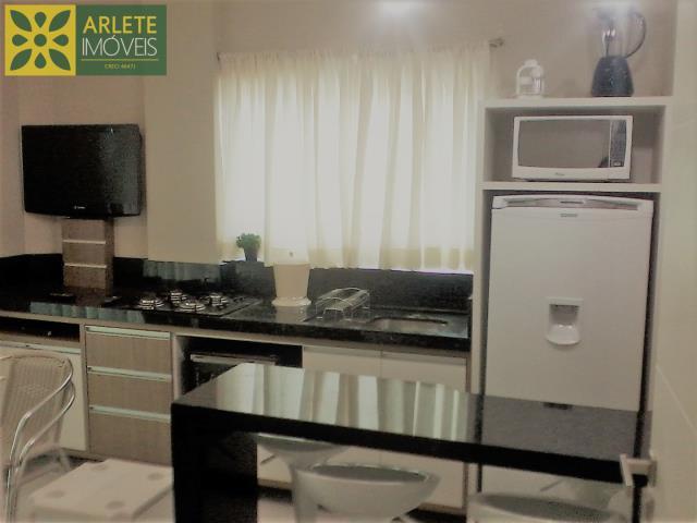 Apartamento Codigo 595 para Temporada no bairro Mariscal na cidade de Bombinhas