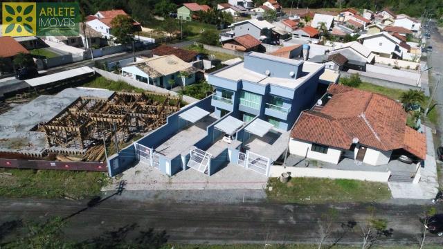 Casa Codigo 1420 a Venda no bairro-Centro na cidade de Porto Belo