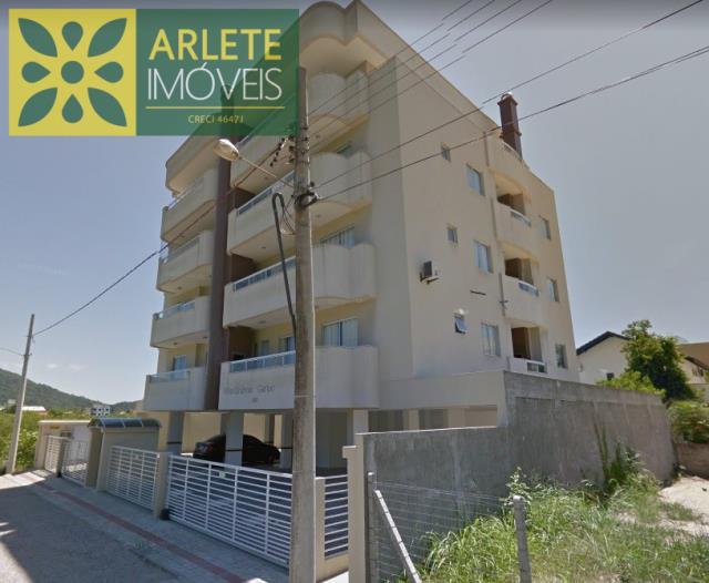 Apartamento Codigo 447 para Temporada no bairro Bombas na cidade de Bombinhas