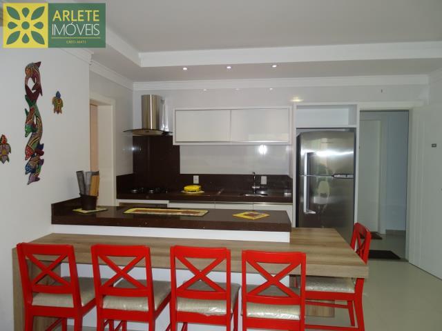 Apartamento Codigo 380 para Temporada no bairro Centro na cidade de Bombinhas