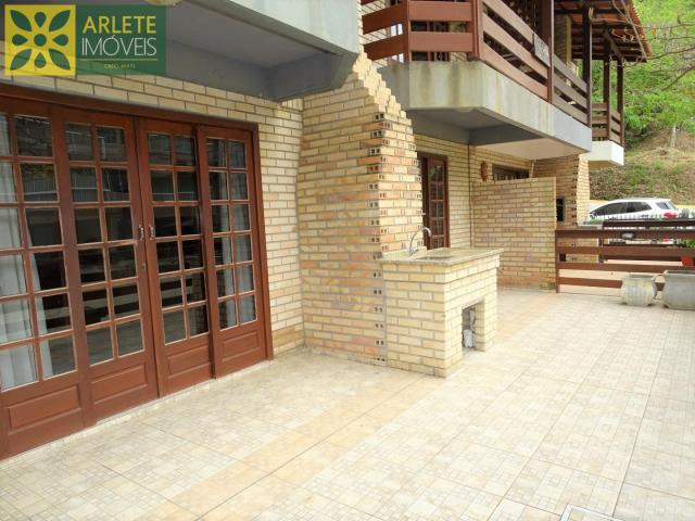 Apartamento Codigo 405 para Temporada no bairro Bombas na cidade de Bombinhas