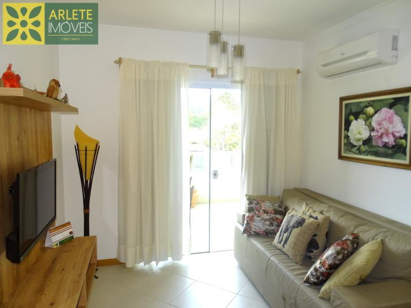 Apartamento Codigo 422 para Temporada no bairro Bombas na cidade de Bombinhas