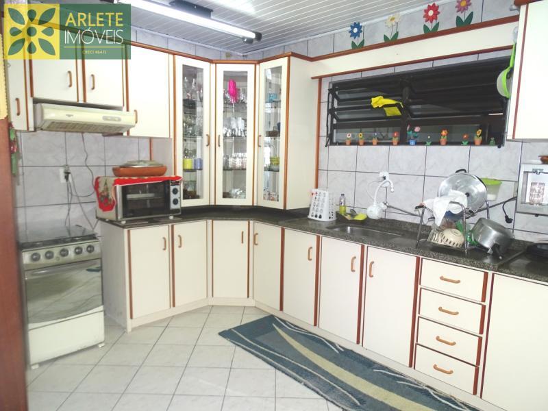 8 - cozinha imóvel locação porto belo