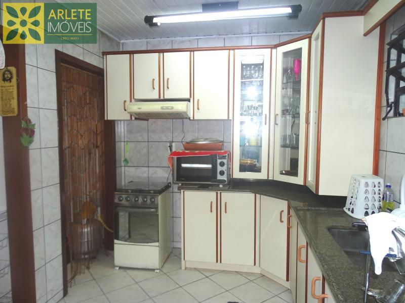 9 - cozinha imóvel locação porto belo