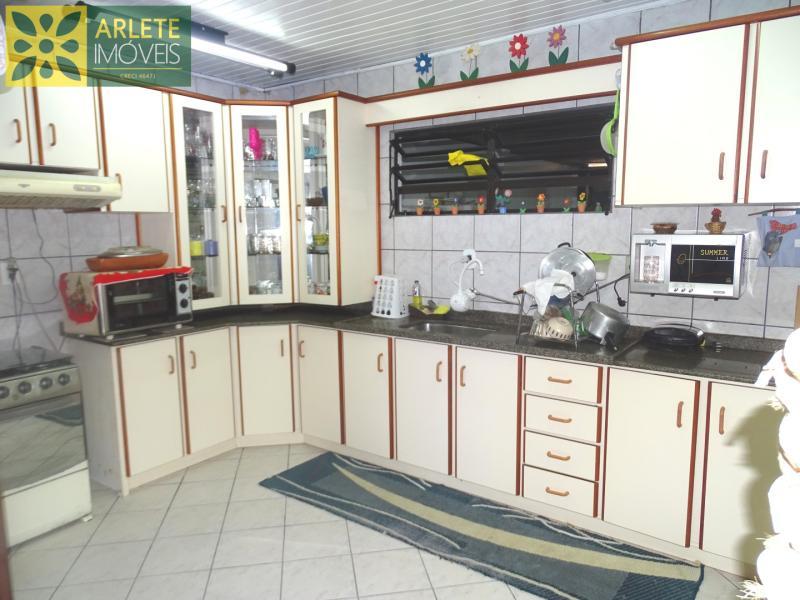 11 - cozinha imóvel locação porto belo