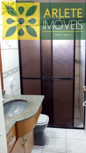 24 - banheiro casa locação porto belo