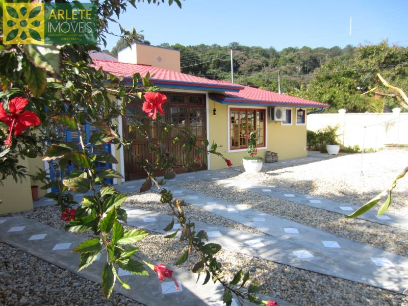 Casa Codigo 164 para Temporada no bairro Centro na cidade de Porto Belo