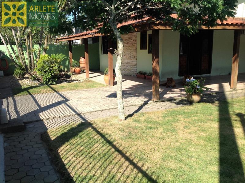 Casa Codigo 437 para Temporada no bairro Bombas na cidade de Bombinhas