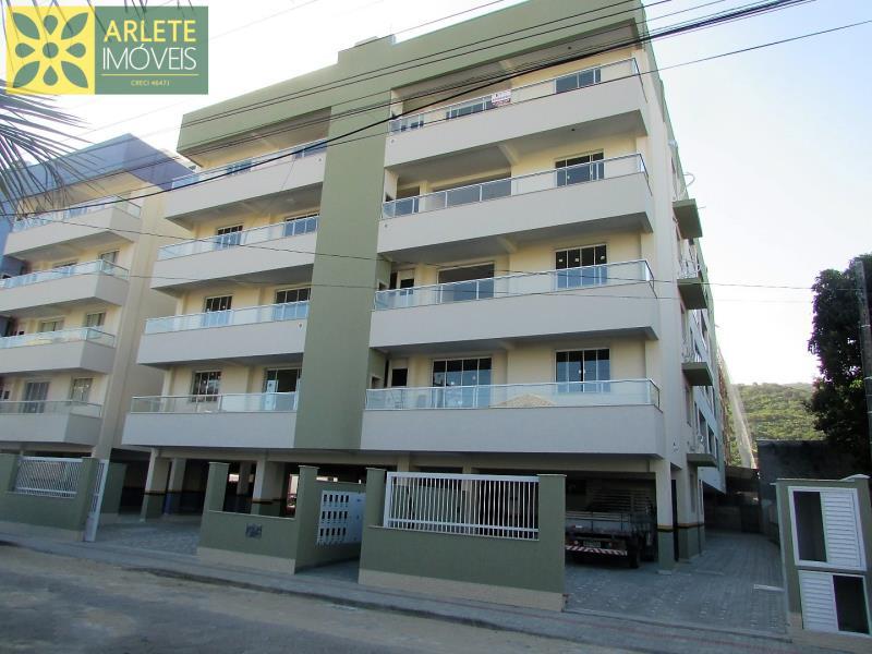 Apartamento Codigo 438 para Temporada no bairro Bombas na cidade de Bombinhas
