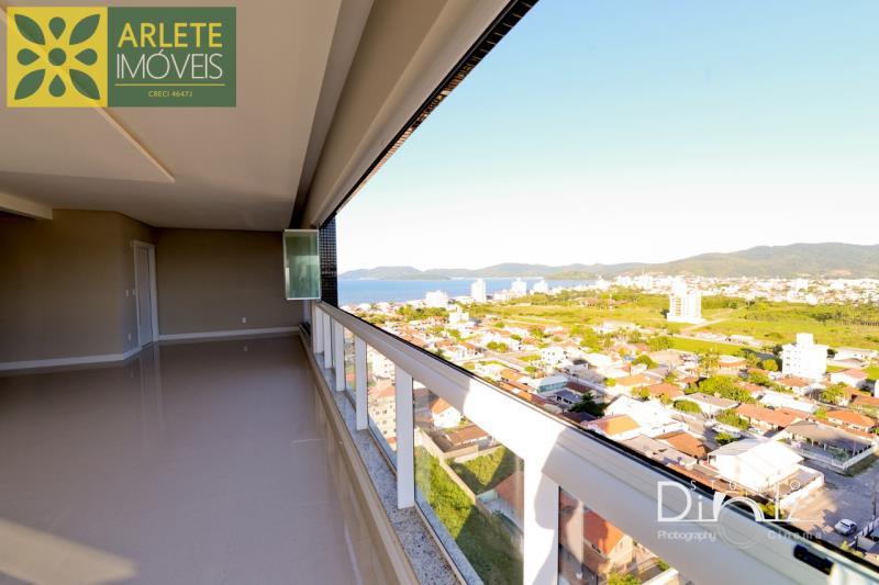 Apartamento Codigo 1502 a Venda no bairro-Perequê na cidade de Porto Belo