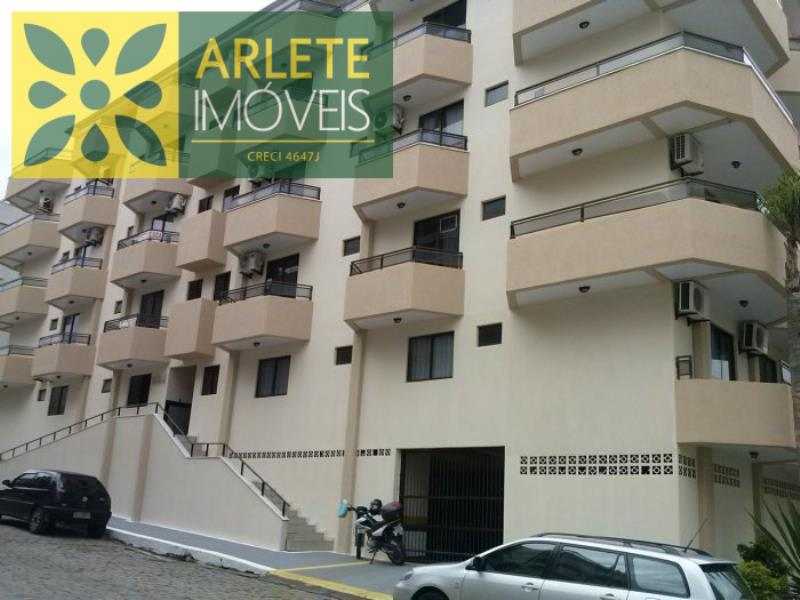 Apartamento Codigo 441 para Temporada no bairro Centro na cidade de Bombinhas
