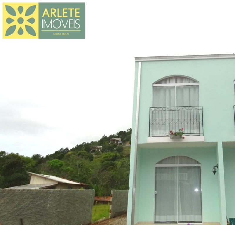 Apartamento Codigo 165 para Temporada no bairro Centro na cidade de Porto Belo