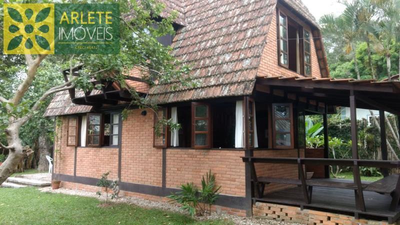 Casa Codigo 195 para Temporada no bairro Centro na cidade de Porto Belo
