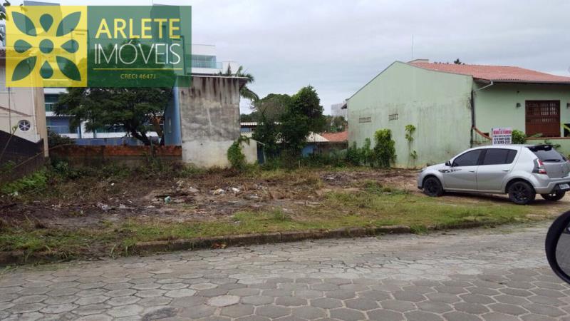 Terreno Codigo 2136 para Temporada no bairro Bombas na cidade de Bombinhas