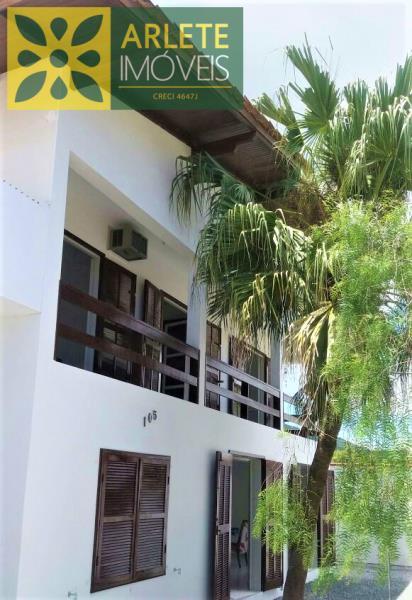 Casa Codigo 2153 a Venda no bairro-Perequê na cidade de Porto Belo