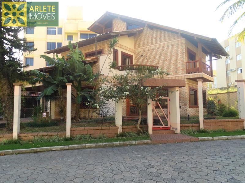 Casa Codigo 409 a Venda no bairro- na cidade de