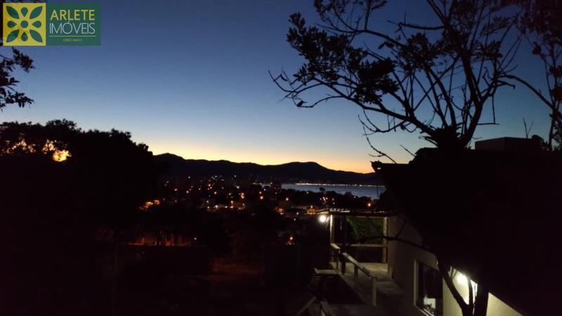 Casa Codigo 38 para Temporada no bairro Vila Nova na cidade de Porto Belo