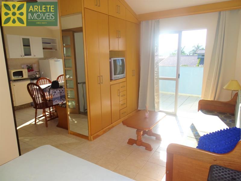 Apartamento Codigo 72 para Temporada no bairro Centro na cidade de Porto Belo