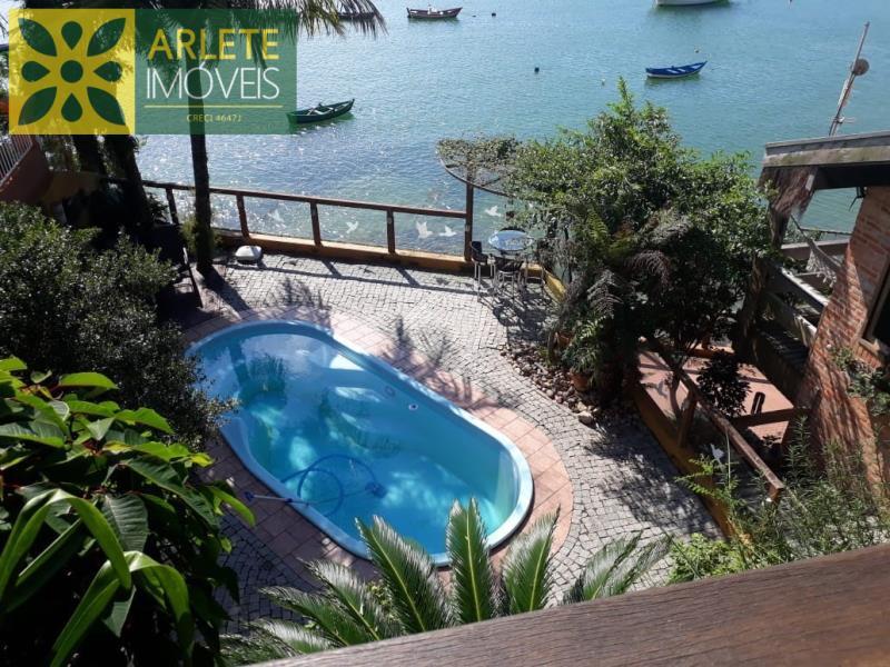 Casa Codigo 254 para Temporada no bairro Araça na cidade de Porto Belo