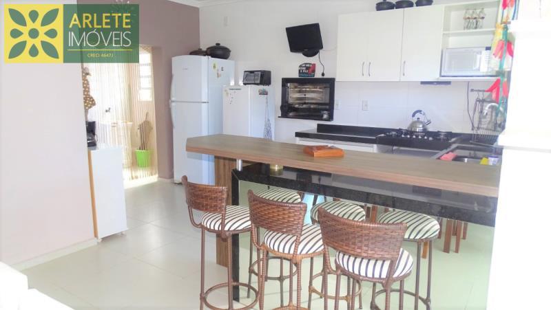 20 - cozinha imóvel locação porto belo