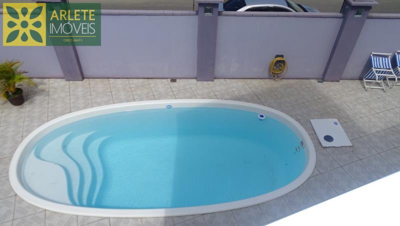 34 - piscina imóvel locação porto belo