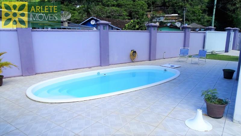35 - piscina imóvel locação porto belo