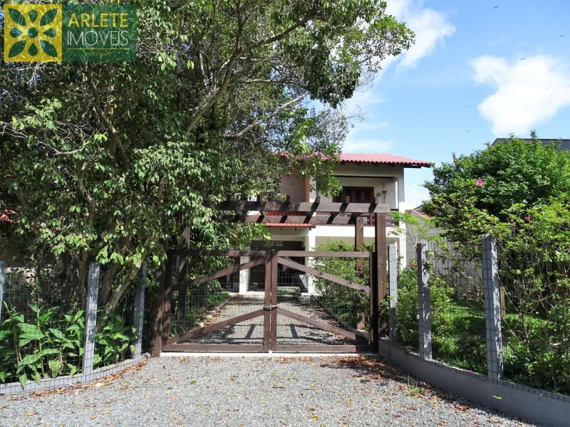Casa Codigo 261 para Temporada no bairro Perequê na cidade de Porto Belo