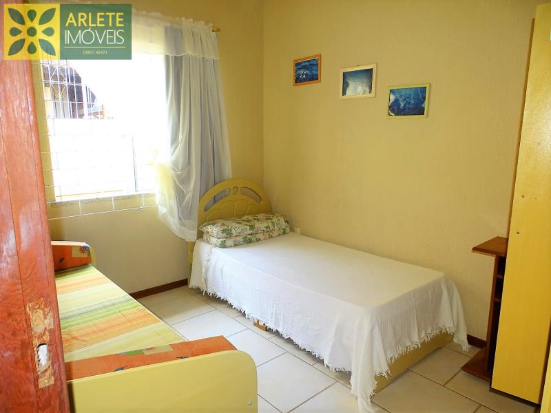 Apartamento Codigo 476 para Temporada no bairro Bombas na cidade de Bombinhas