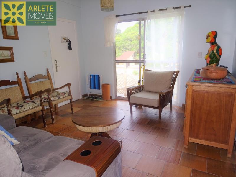 Apartamento Codigo 82 para Temporada no bairro Centro na cidade de Porto Belo