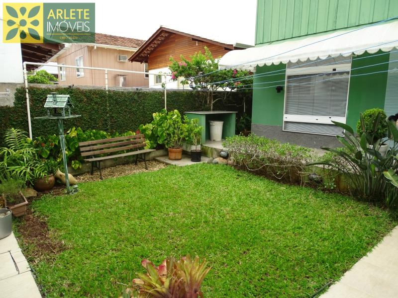 20 - jardim casa beira mar locação centro porto belo