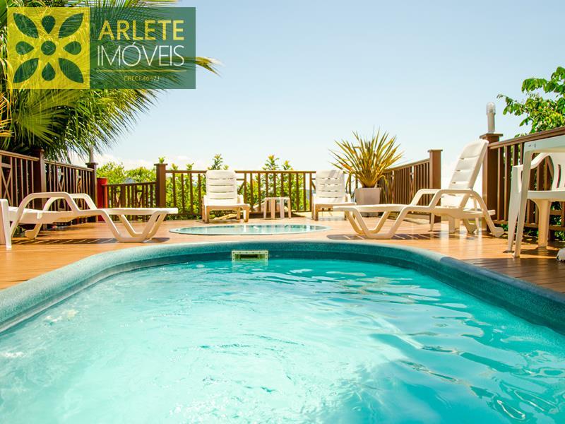 piscina residencial apartamento locação bombinhas lagoinha