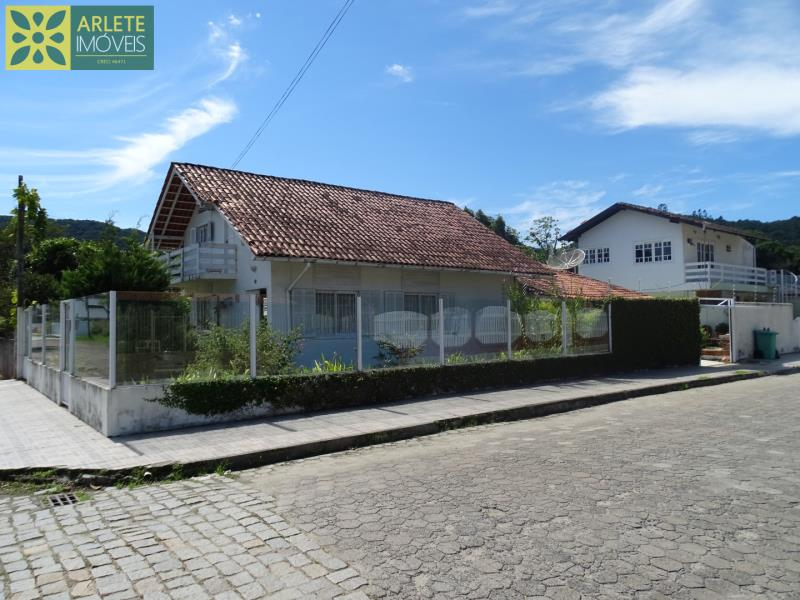 Casa Codigo 77 para Temporada no bairro Centro na cidade de Porto Belo
