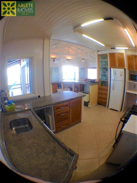 13 - cozinha casa bombinhas morrinhos locação