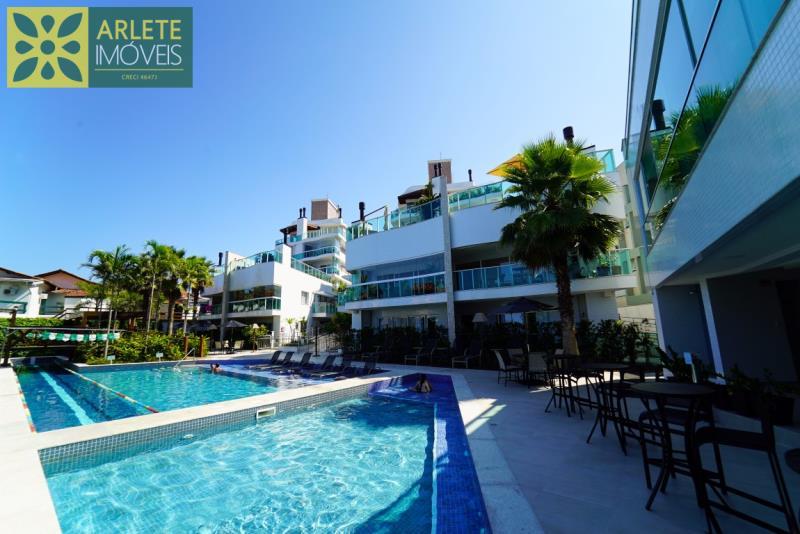 19 - piscina venda apartamento bombinhas