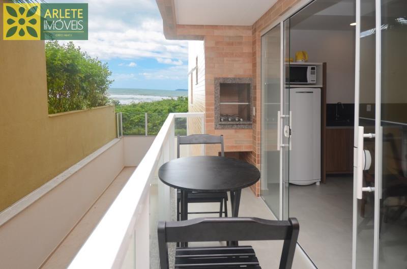 Apartamento Codigo 623 para Temporada no bairro Mariscal na cidade de Bombinhas