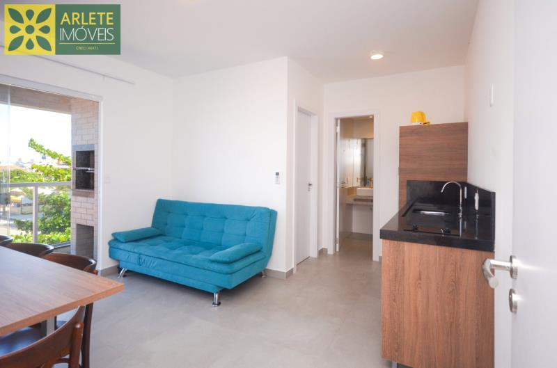 Apartamento Codigo 626 para Temporada no bairro Mariscal na cidade de Bombinhas