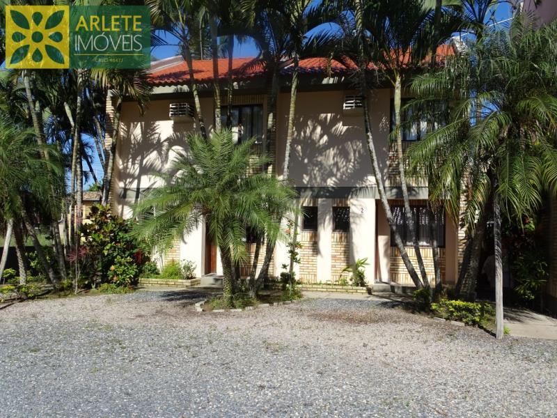 Apartamento Codigo 483 para Temporada no bairro Bombas na cidade de Bombinhas