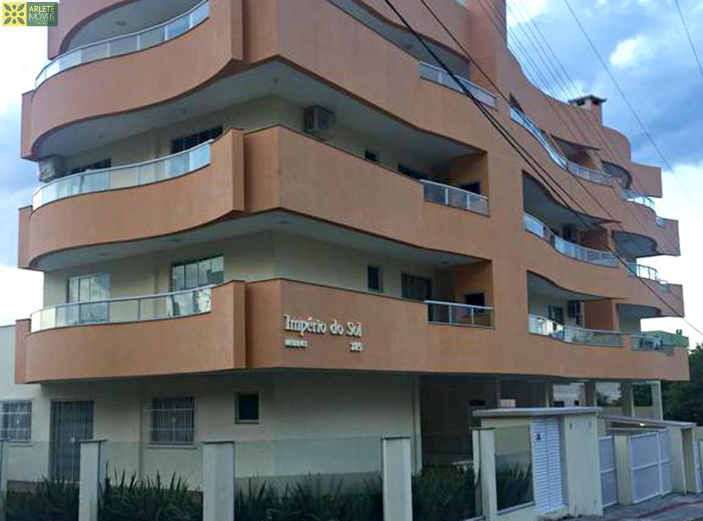 Código 380 - Apartamento