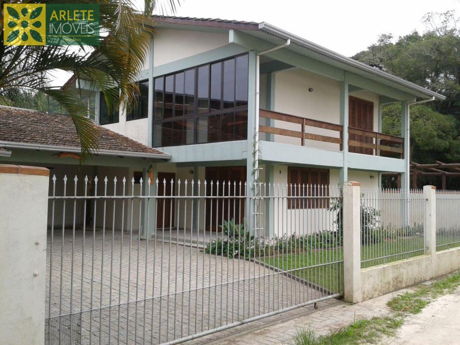 Código 2482 - Casa