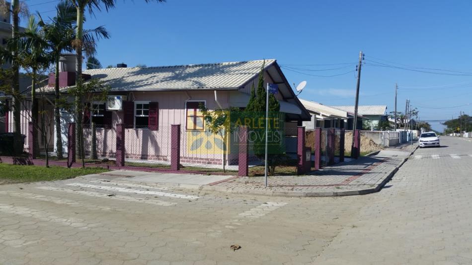 Código 2835 - Casa