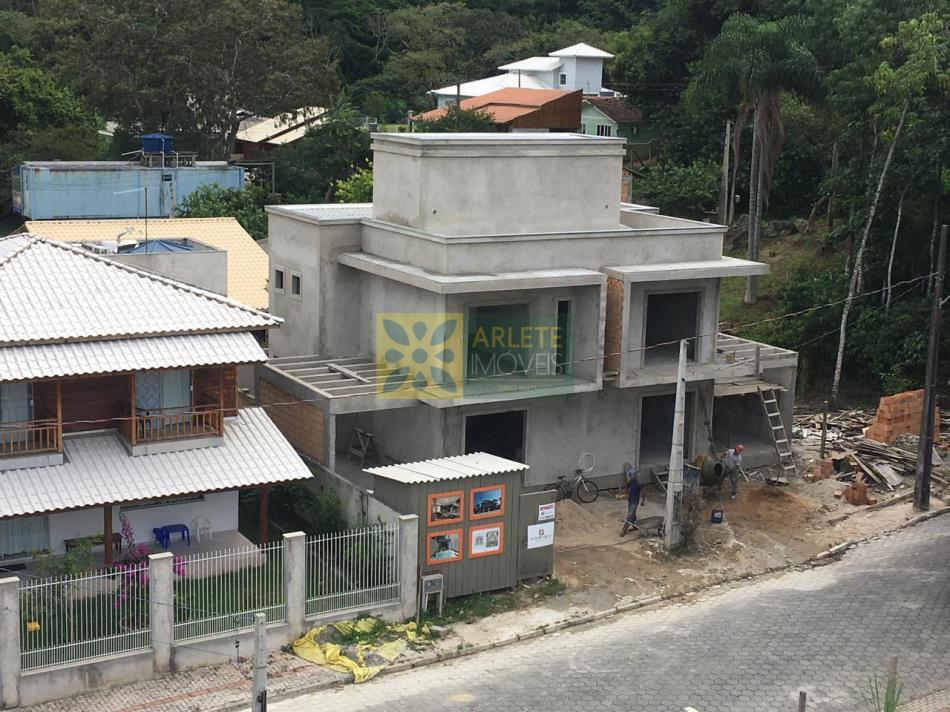 Código 2320 - Casa