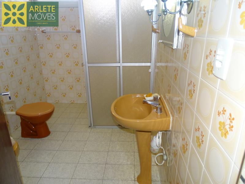 22 - banheiro imóvel locação porto belo