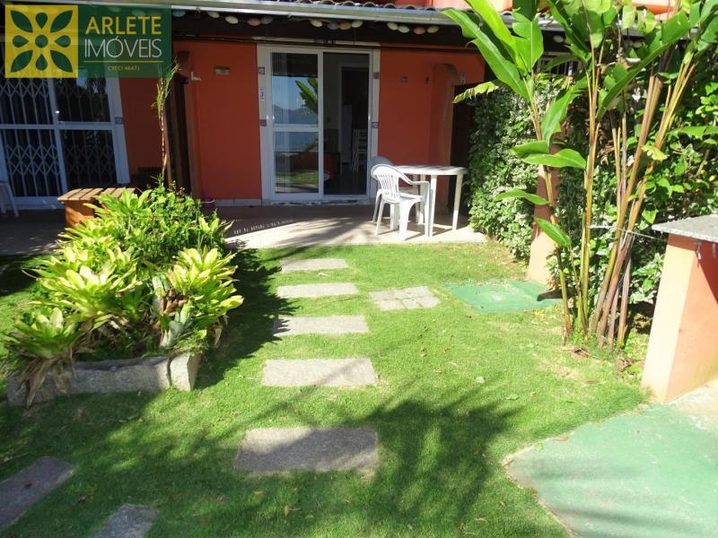 15 - área externa apartamento locação porto belo