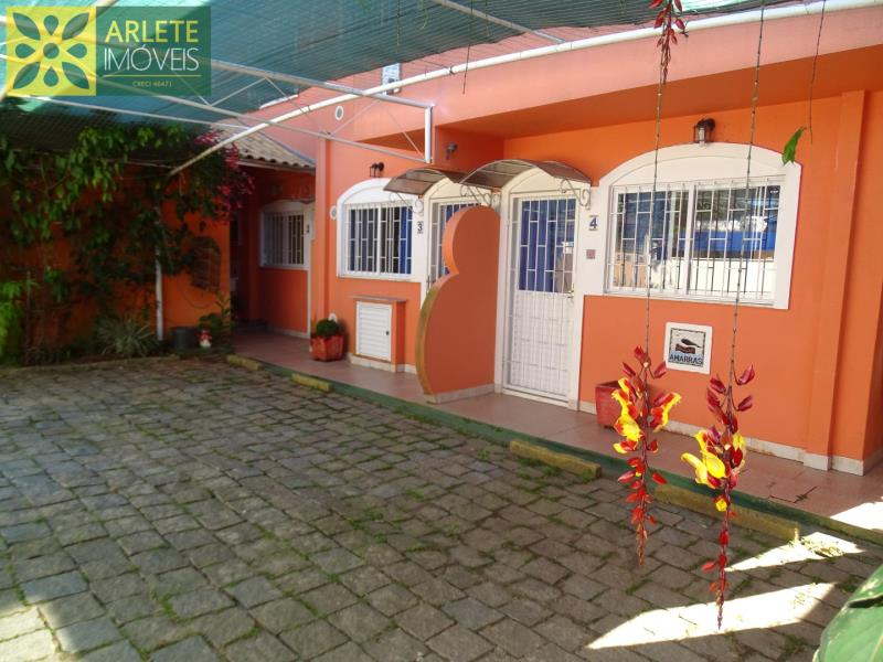 20 - entrada parte de trás residencial imóvel locação porto belo