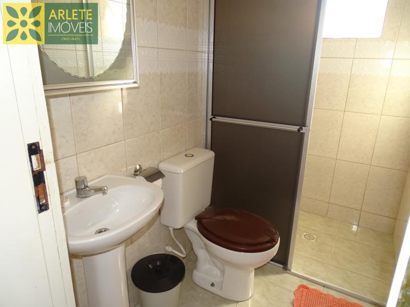 9 - banheiro residencial locação porto belo